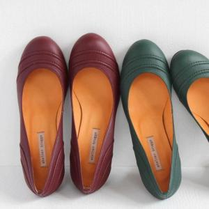 (10%OFFクーポン配布中)atelier brugge(アトリエブルージュ)ステッチラウンドパンプス No.72007(No.7200)|shoesgallery-hana