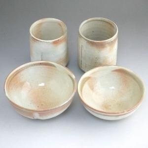 京焼   清水焼 本粉引夫婦湯飲みと夫婦茶碗セット 柳窯赤