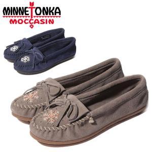 送料無料 ミネトンカ モカシン モーコ レディース スウェード 灰 グレー 紺 ネイビー 靴 ビーズ デッキシューズ ドライビングシューズ MINNETONKA X MOKO MOC|shop-kandj