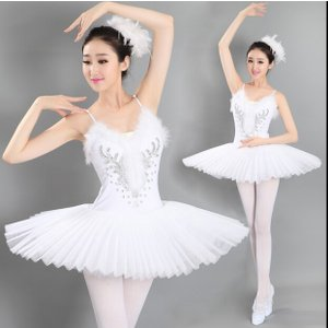 バレエ リトルスワン レオタード 女性 ドレス ダンス ステージ 衣装 バレエ レディースのダンス ...