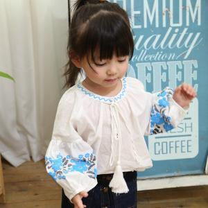 在庫処分 花柄がポイント オシャレな変形シャツ 今年っぽいコーディができるシャツ 韓国子供服シャツ キッズ用  女の子  長袖 シャツ  入学式  学院風シャツ|shop-momo