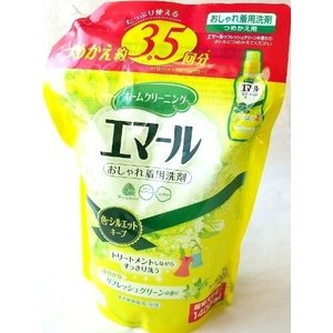 「商品情報」花王 Kao エマール おしゃれ着用洗剤 つめかえ用 1400ml  たっぷり使える。つ...