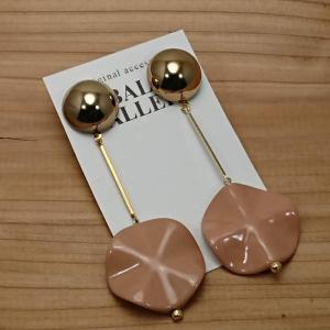 【BALs GALLERY】 こっくりカラーのゴールドピアス ピンク b02-028 【メール便対応】|shopfreddo
