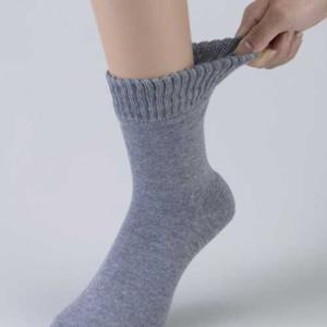 足裏全面ツルツルソックス 靴下が2重になっている為、暖かく、冷え性の方にもお勧めです。|shoploop
