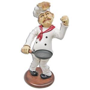 出来上がり目前!フライパンのパンケーキを空中で ひっくり返そうとしたら・・・あらら、 シェフの頭の上...