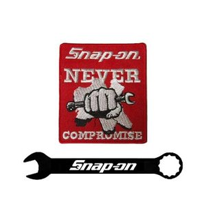 Snap-on(スナップオン)ワッペン「NEVER COMPROMISE FIST PATCH - RED」 shouei-st