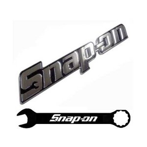 Snap-on(スナップオン)エンブレム「METAL LOGO PLATE SILVER」|shouei-st