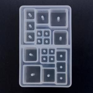 粘土 押し型・抜き型 プレミアム・シリコンモールド キューブ(穴あり) | ハンドメイド 手芸 トーカイ|shugale1