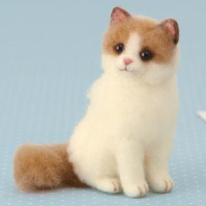 須佐沙知子先生デザイン、人気の猫のキットです。  【 サイズ(約) 】 縦23×横14×厚さ2.5c...