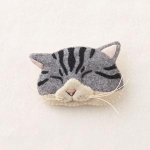 フェルトと刺繍でつくる 猫のブローチ キット シロサバ NSB-2 | フェルトキット 刺繍キット ねこ 白サバ ★期間限定どきどきSALE★|shugale1