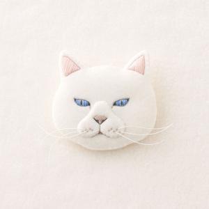 フェルトと刺繍でつくる 猫のブローチ キット シロ NSB-3 | フェルトキット 刺繍キット ねこ 白猫 ★期間限定どきどきSALE★|shugale1