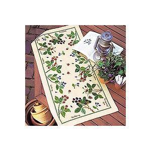 刺繍 キット オリムパス 青木和子 クッション フラワー テーブルセンター ベリー&ベリー ベージュ shugale1