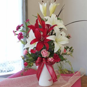 造花 クイーンカサブランカとローズの高級なアレンジ CT触媒 シルクフラワー silkflower