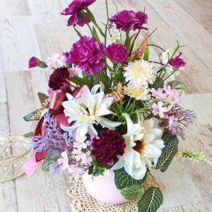 母の日遅れてごめんね 造花 ダリアとカーネーションのバーガンディカラーのアレンジ 母の日 プレゼント ギフト カーネーション CT触媒 シルクフラワー|silkflower