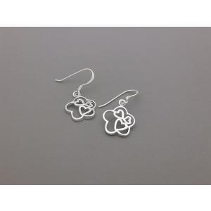 ピアス シルバー925 シンプル 軽量     フラワーin3ハート ピアス|silverbell-jewellery