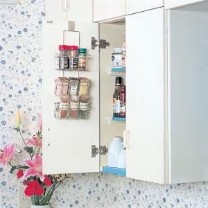 スパイス ラック スマートハング 18-8ステンレス 日本製 キッチン シンク下 収納 シンク扉に引っ掛けるだけの写真
