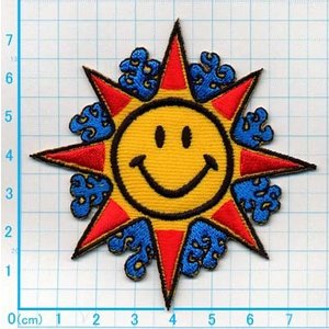 【送料62円】スマイル太陽マークM/アイロンアップリケワッペン/刺繍/ニコちゃんマーク/お天気|siripohn