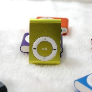 【 メール便 送料無料】MP3プレイヤー microSDカード対応 クリップ MP3プレイヤー本体のみ 音楽プレイヤー ミュージック 超軽量 MP3 プレーヤー 音楽再生 SD|sky-sky
