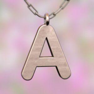 (名前 ネーム イニシャル) ネックレス大文字のA   k10ピンクゴールド skybell