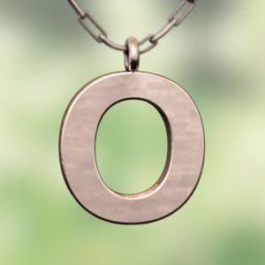 (名前 ネーム イニシャル) ネックレス 大文字のO  k10ピンクゴールド skybell
