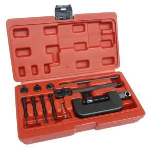 ★商品説明★ カットとカシメ、両方が可能なツールセットです。 このセットは熱処理を施した作りとなって...