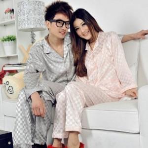 シルクパジャマ Lサイズ ピンク シルク生地 長袖パジャマ 上下セット レディース 天然繊維 ルームウェア セットアップ ネグリジェ 可愛い シンプル|skyhy