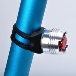 自転車用ミニLEDテールランプ 高輝度赤色発光 点滅可 小型 防水 ゴムバンド式 取付簡単 ボタン電池 セーフティーライト 目立つ 夜間走行 自転車安全 CTLED02|skynet|04
