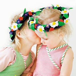 布おもちゃ 冠 フラワー 花冠 ヘッドドレス 誕生日 子供 女の子 かわいい おしゃれ Oskar&...