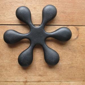 日本製 南部鉄器 鍋敷き 岩鋳トリベット小 ポットマット なべ敷き|slowworks