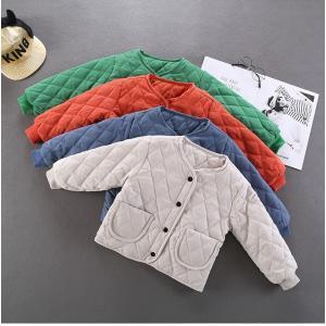 【製品仕様】 ■商品説明 シンプルデザインのダウンジャケット。 襟無し、フード無しだから、リュックや...