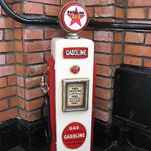 ガスポンプ CDホルダー ガソリン (GASOLINE) smilevillage