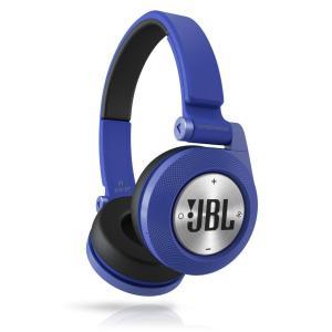 正規品・送料無料・在庫品 JBL 密閉型オンイヤーワイヤレスヘッドホン Bluetooth対応 ブルー JBL Synchros E40BT E40BTBLU smltrading-y