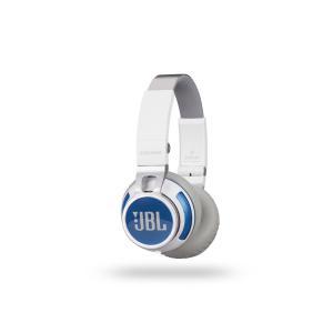 正規品・送料無料・在庫品 JBL 密閉型オンイヤーワイヤレスヘッドホン Bluetooth対応 ホワイト S400BTWHT JBL smltrading-y