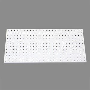 石膏ボードの壁面に簡単取り付け。 オシャレで便利な、見せる壁面収納をパンチングボード(有孔ボード)を...