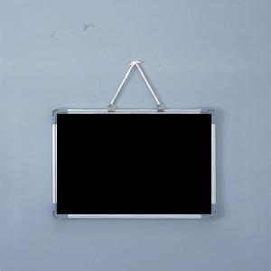 ブラックボード 壁掛け 450×300 マーカー用 マグネットボード マーカーボード 黒板|sms