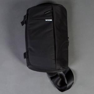 Incase DSLR ユニセックス  Sling Pack - Nylon (blac Bags ...