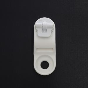 アンクルストラップパッドの位置を調整する際に使用するコネクター (NEW 14/15〜 取付け用ビス...
