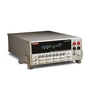 2700 型と2750 型は、高精度測定、スイッチング、制御機能を、ラックマウントまたはベンチトップ...