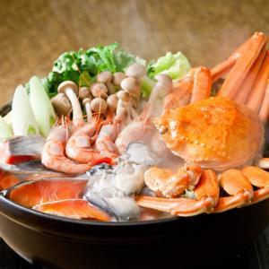 メーカー型番:K010010 生産国:日本 内容量:ずわい蟹500g、紅鮭4切、海老4尾、蟹真丈4個...