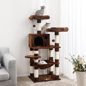 【猫ちゃんの楽園】見晴らしのよい高台、全てのポールに天然サイザル麻紐を巻き、広々に作ったハウスももち...