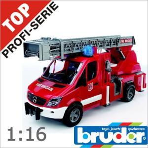 Bruder(ブルーダー)社 Pro Series (プロシリーズ) 02532 MB 消防車 soprano