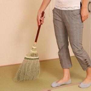 アズマ 室内用ほうき 手編みホーキ特撰短柄 穂幅31cm 全長79cm 天然繊維・しなやかな穂 AZ112 sorachip3
