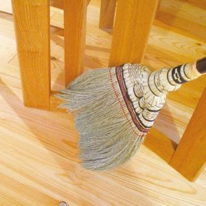 アズマ 手編み室内用ほうき 匠箒短柄 穂幅32cm 全長82cm しっかり掃けるのに軽い天然素材 匠125 sorachip3