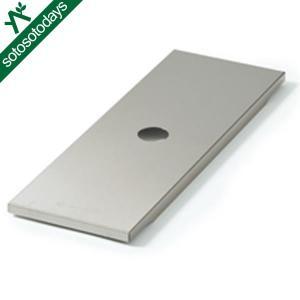 アイアングリルテーブル(IGT)にセットできるステンレス製のストレージボックスです。 調理器具や食器...