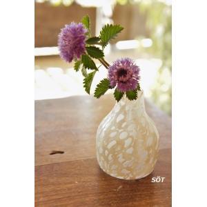 吹きガラス 花器 白  中野由紀子 作|sotsot