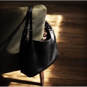 気持ちまで丸くなるバルーントートバッグ レディース 鞄 手提げ 肩掛け フェイクレザー 合皮 多収納 A4対応 シンプル バイカラー 通勤 通学 soulberryオリジナル|soulberry|05
