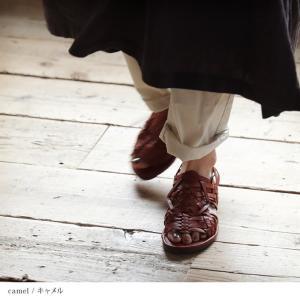 包みこむように編み上げたバスケットサンダル レディース 靴 シューズ メッシュ フラット ローヒール フェイクレザー 合皮/お客様都合での返品交換不可 soulberry 02