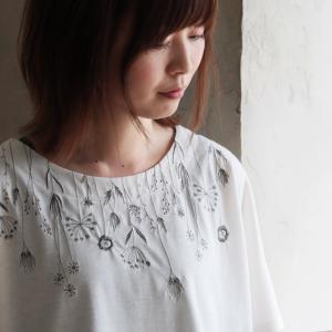 汗じみなんて気にしない、草花刺繍カットソー レディース Tシャツ 半袖 ドルマン 汗じみ防止 トップス|soulberry