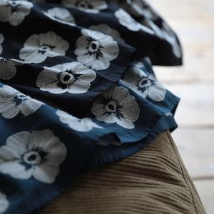 掘り出しバザール 華やかだけどやさしい、北欧風の花刺繍ワンピース レディース ノースリーブ コットン 綿 フレア Aライン 花柄/お客様都合での返品交換不可|soulberry|12
