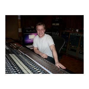 UNI-ON / Sear Soundの専属エンジニア Ted Tuthill氏 録音見積もり!|soundmama-e